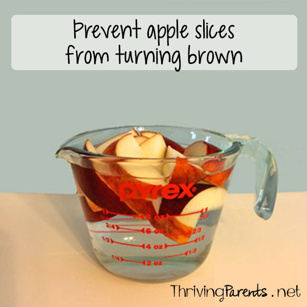 Prevent apple slices from turning brown with this simple trick that won't leave them tasting like lemons!